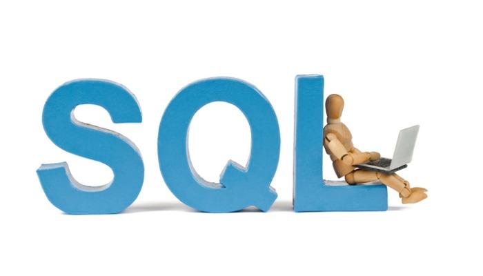 I denna blogg går Albin Glawing igenom SQL Database